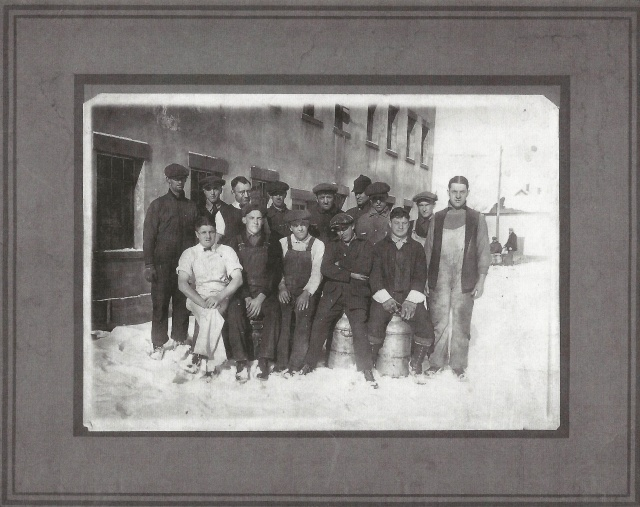 Employees, Circa 1920. Courtesy of Milton Historical Society