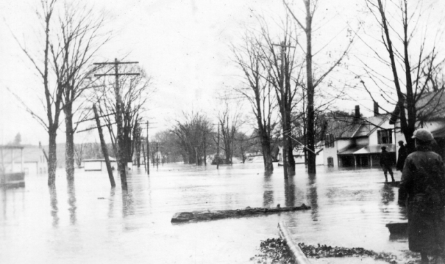 Flood waters on River Street in Milton, 1927. Photo: UVM Landscape Change Program